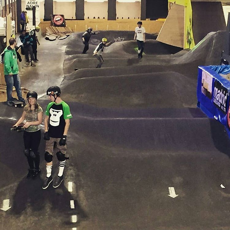 Is there a pump track our snake run near your home? Mix this with a multi storey parking garage and you could have serious fun. Either way, pump for your speed and make every feature yours to interpret. The @pumpkingchallenge gives your four chances...