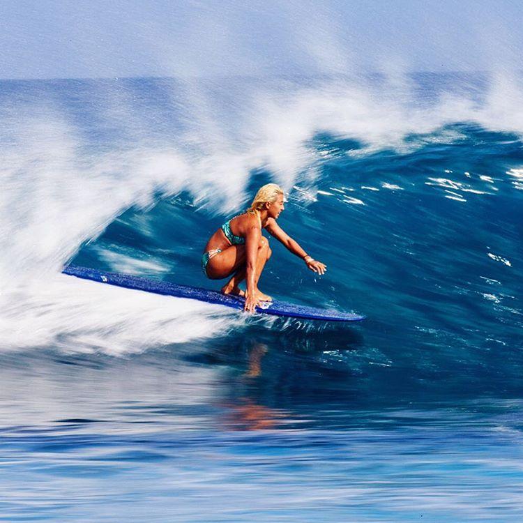 Blurred beauty, @keliamoniz, gliding through glass off the coast of Indonesia #ROXYsurf