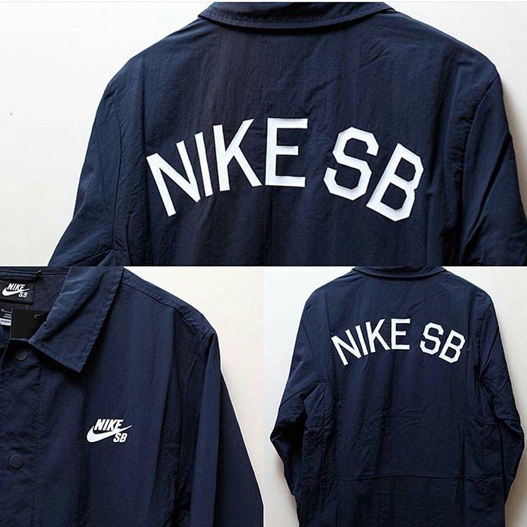 Todos los dias productos nuevos #nikesbcoachjacket #nikesbargentina