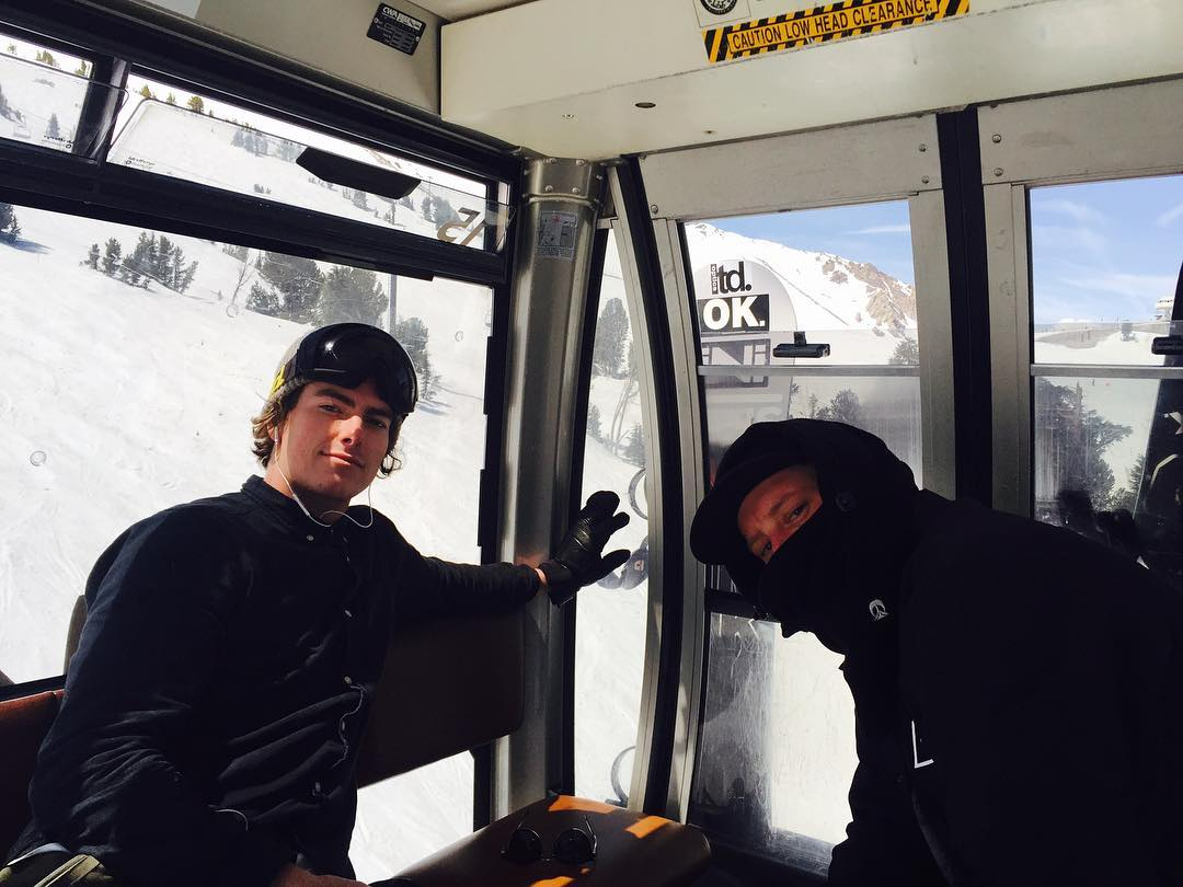 @Kramer and @greydinsgram holding it down  @mammothmountain | #weareok | #handmadeusa | #forridersbyriders | #smokinsnowboards