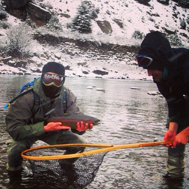 It's #MountainMen #Monday at the #mountainlifeco #spring #flyfishing in the #EagleRiver in #Avon #Vail #Beavercreek #minturn #angling  What's Your#MountainLife? Show us #climbing #hiking #skiing#snowboarding #cycling #mountaineering...