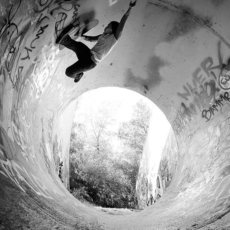 The 2016 #RealStreet Fan Favorite is @Daewon1Song!  Click the link to check out his insane edit. (