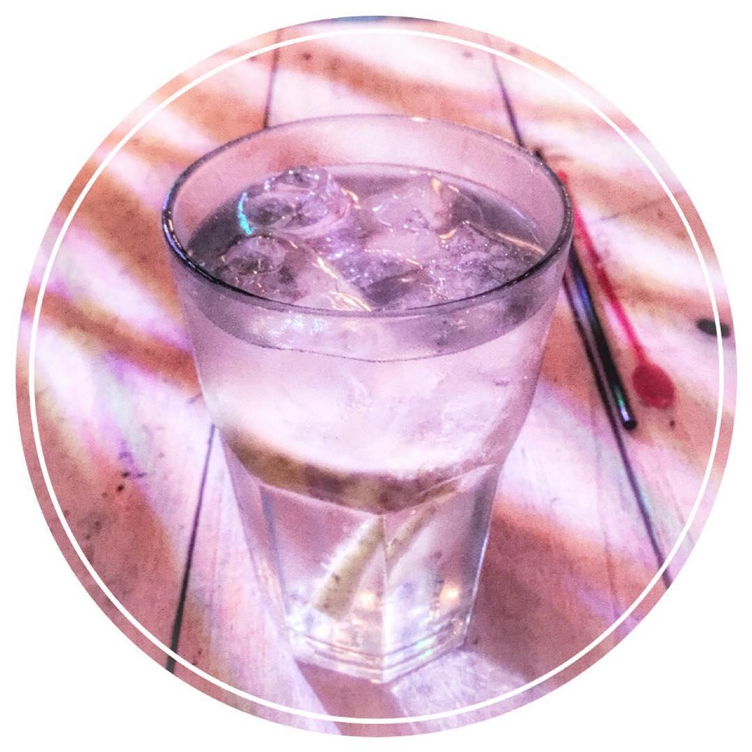 El Elixir De La Vida  #thebest #bombaysapphire #hookah #wateves #chillen #drink #goodtimes #burberry #run #shoes #summer #powerful #gifts #beats #jumping #leggings #york #pass #news #believe #junior #pool #paramore #sis #anxiety #goal #personal...