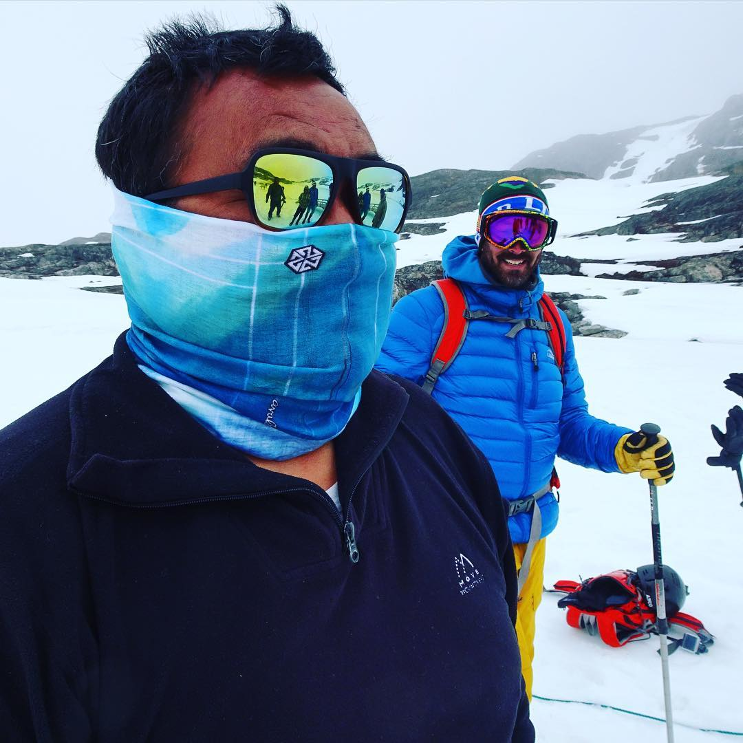 Our homie, polar bear slayer and sled dog team driver Gideon rocking his new A7CO faceshield in Greenland. It always puts a smile on my face when I think how far and wide AVALON7 has spread across the world. #sharethestoke #liveactivated #splitboarding...