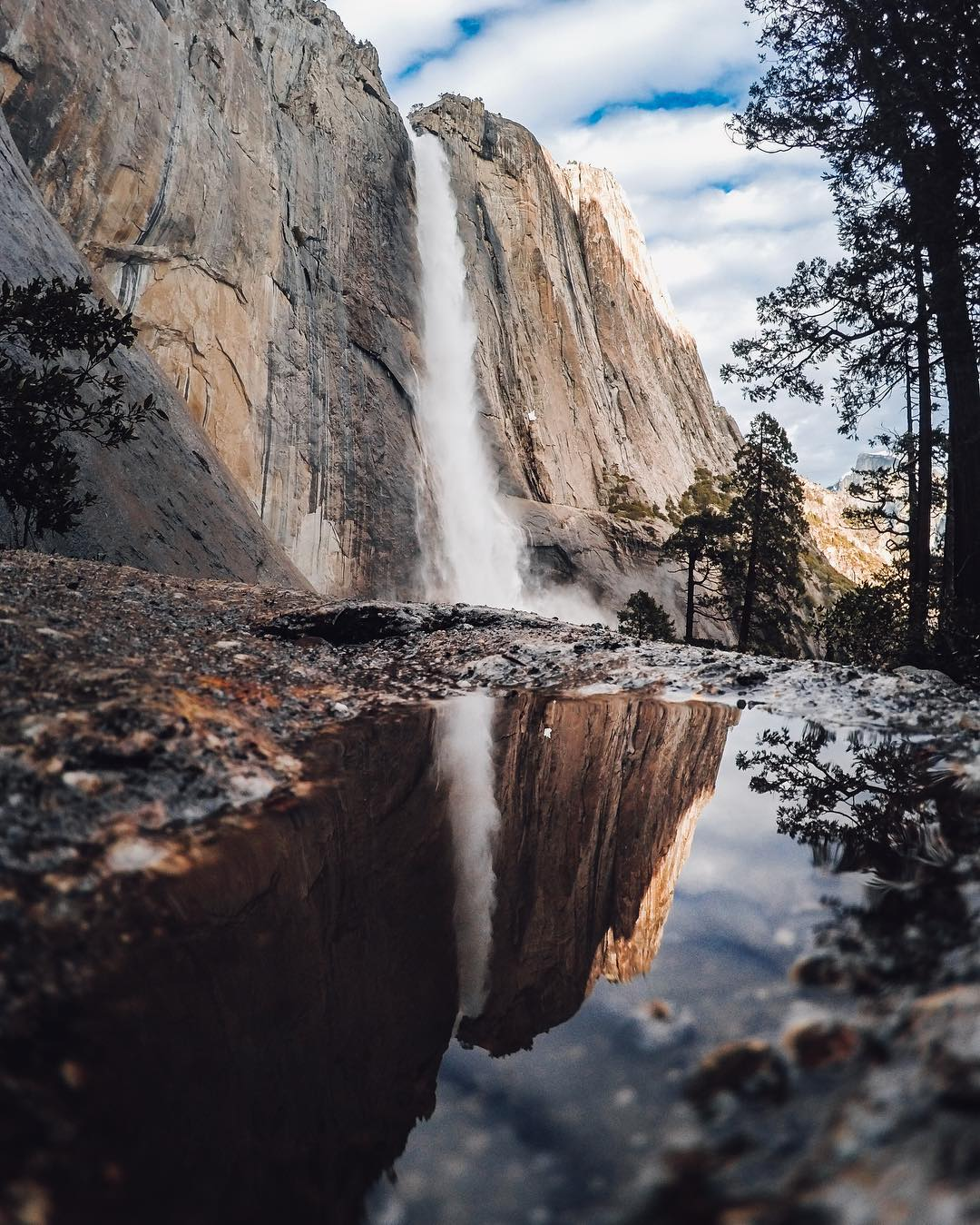 Photo of the Day! The stunning reflection of #YosemiteFalls.  #