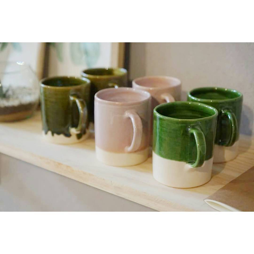 Dándole color a tu hogar / Casa Mambo  Línea de tazas de cerámica  www.mambomambo.com.ar . . . #casamambo #handcrafted #goods #home #homedesign #ceramics #hechoenbuenosaires #conamor