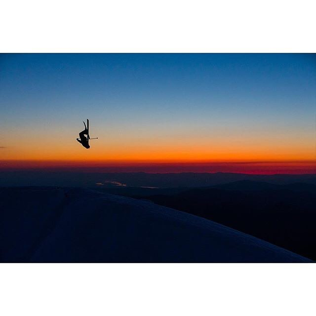 We just returned from the desert of S. Utah, and it's been a week since we've posted. As we began to sort through last week's action on Instagram, this shot of Spencer Harkins (taken last week in Mt. Hood)  jumped out of the phone at us. Gotta say this...