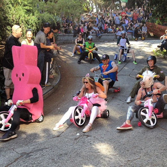 Hilarious #sanfrancisco #bigwheelrace #trike #localtradition #awesome