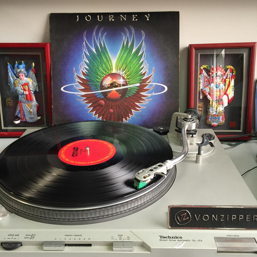 Maybe it's all the fumes in the van, maybe it's the four energy drinks just consumed, but #Journey is jamming right now for #TurntableTuesday so we are rolling with it.  #VonZipper #SupportWildLife