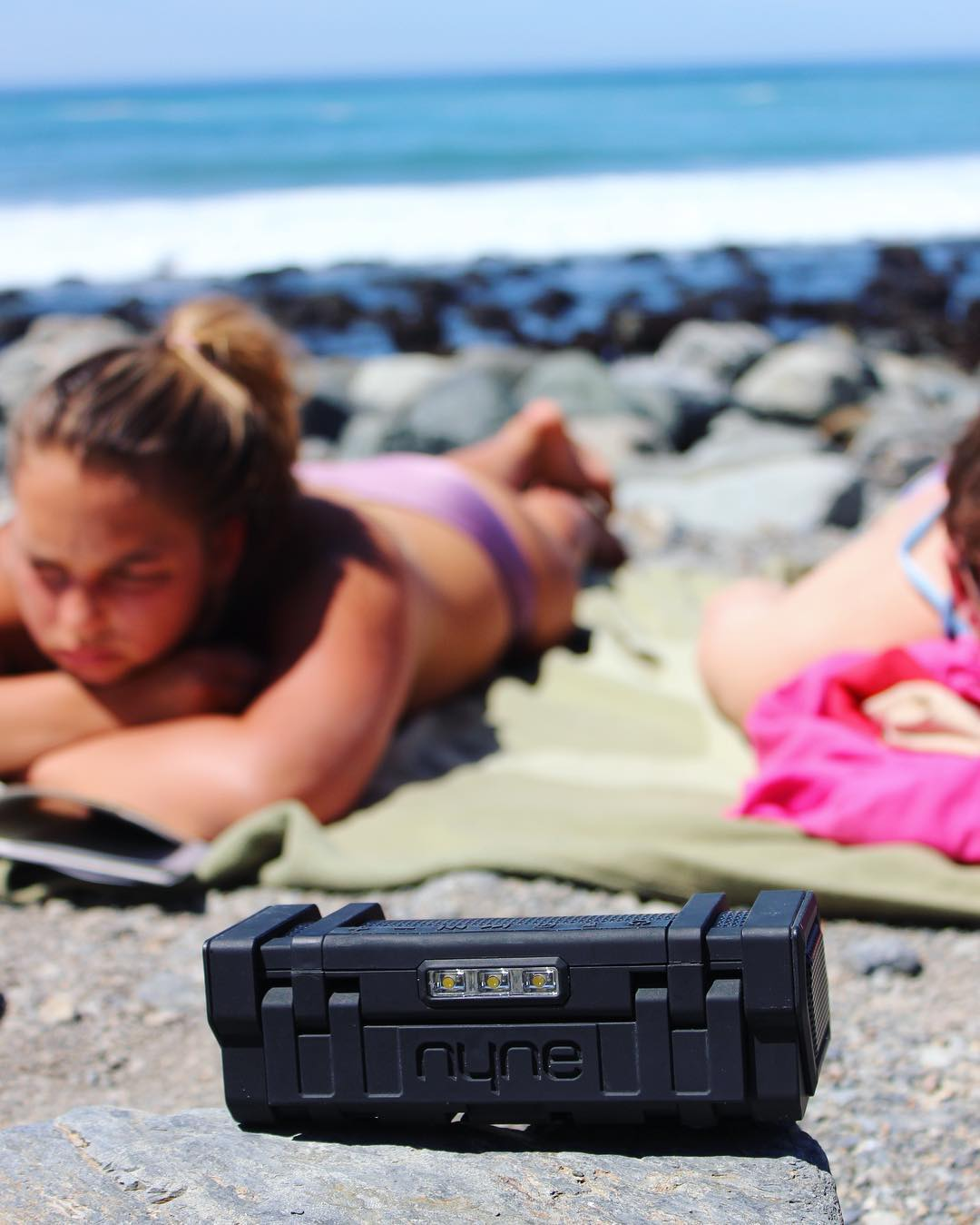 Can it be Summer already? #NYNEedge #LifeSoundsGood #lounging #chillen #summer #summervibes #beach #bluetooth #waterproof #speaker