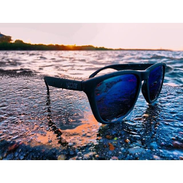 Play your life away || #doepicshit #nectarshades #thesweetlife photo @lilaussie_