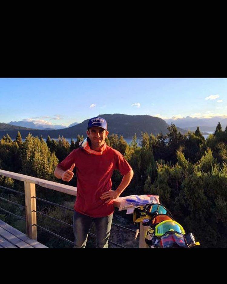 Ya está el equipo Trossero en Villa La Angostura para competir en el mundial de Motocross! Infaltable @mtrossero12 con su remera Bull Rider. #motocross #mxgp #mxgpargentina @mxgp  @mxgpargentina #112