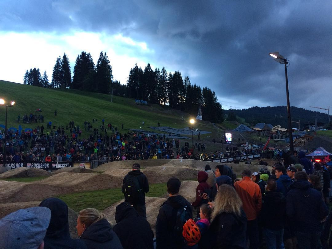 Big crowds for the #crankworx #Pumptrack #SixSixOne Foam hands going down a storm #661Protection #ProtectFun