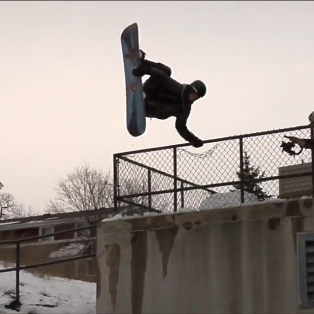 Get over to Yobeat and check out Casey Pflipsen in the new teaser for Clockwork @azizipflipsen #academymidwest @yobeat @pinewskis