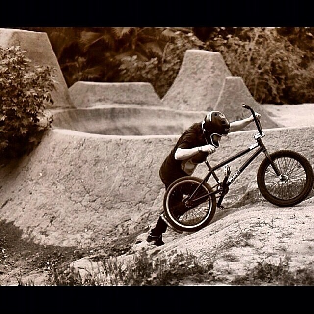 It takes determination to be a trail rider. @salsaavedra exemplifies real BMX and the all the hard work it takes to maintain a legit system of trails and jumps. The #bluebench boys are #LEGIT! Keep it up @salsaavedra @mikelsaavedra @chrisvaldes98 and...