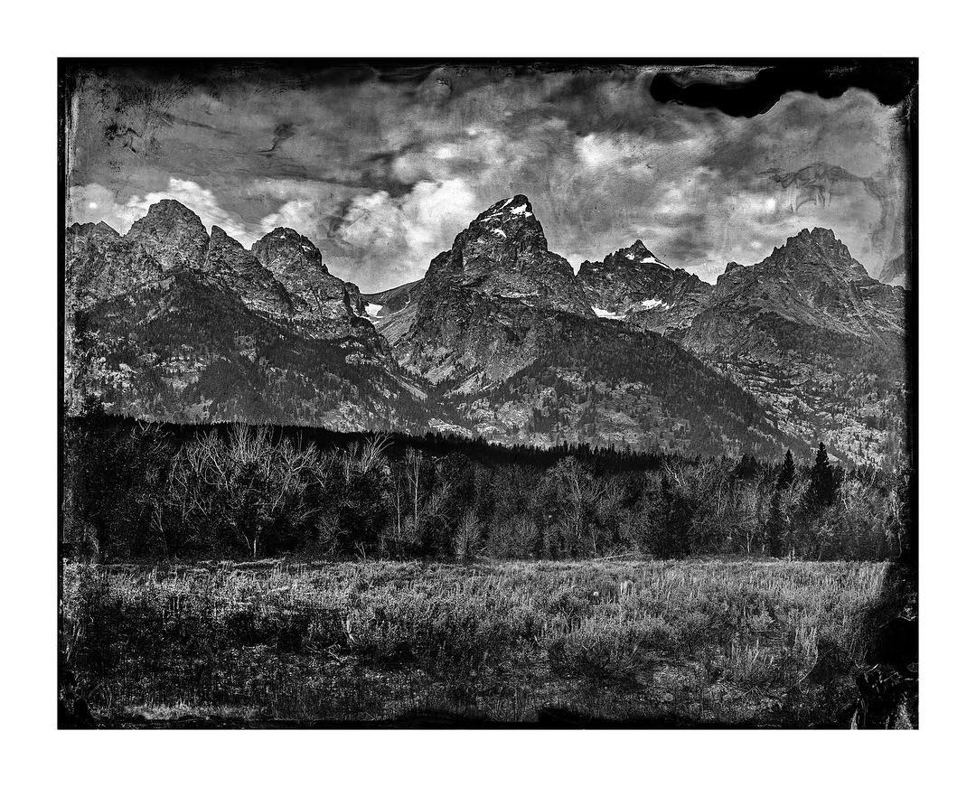Introducing our newest piece, Lindsey Ross's The Grand Platinum, a truly unique take on our beloved Tetons. Hit link in profile for more info on this stunner. ‪#‎asymbol‬ ‪#‎asymbolphotography‬ ‪#‎lindseyross‬ ‪#‎wyoming‬ ‪#‎jacksonhole‬ ‪#‎tetons‬