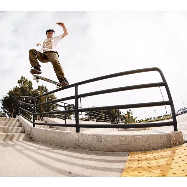 @mark_appleyard / torqued out switch crook /