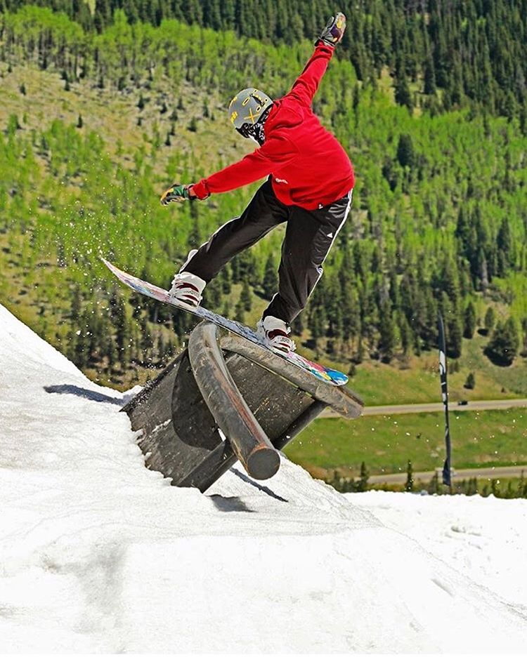 #A7Renegade @thabyron_ma has been getting after it this spring chasing his dream of being the first African snowboarder in the Olympics. #avalon7 #liveactivated #snowboarding #neverstopprogressing www.a-7.co