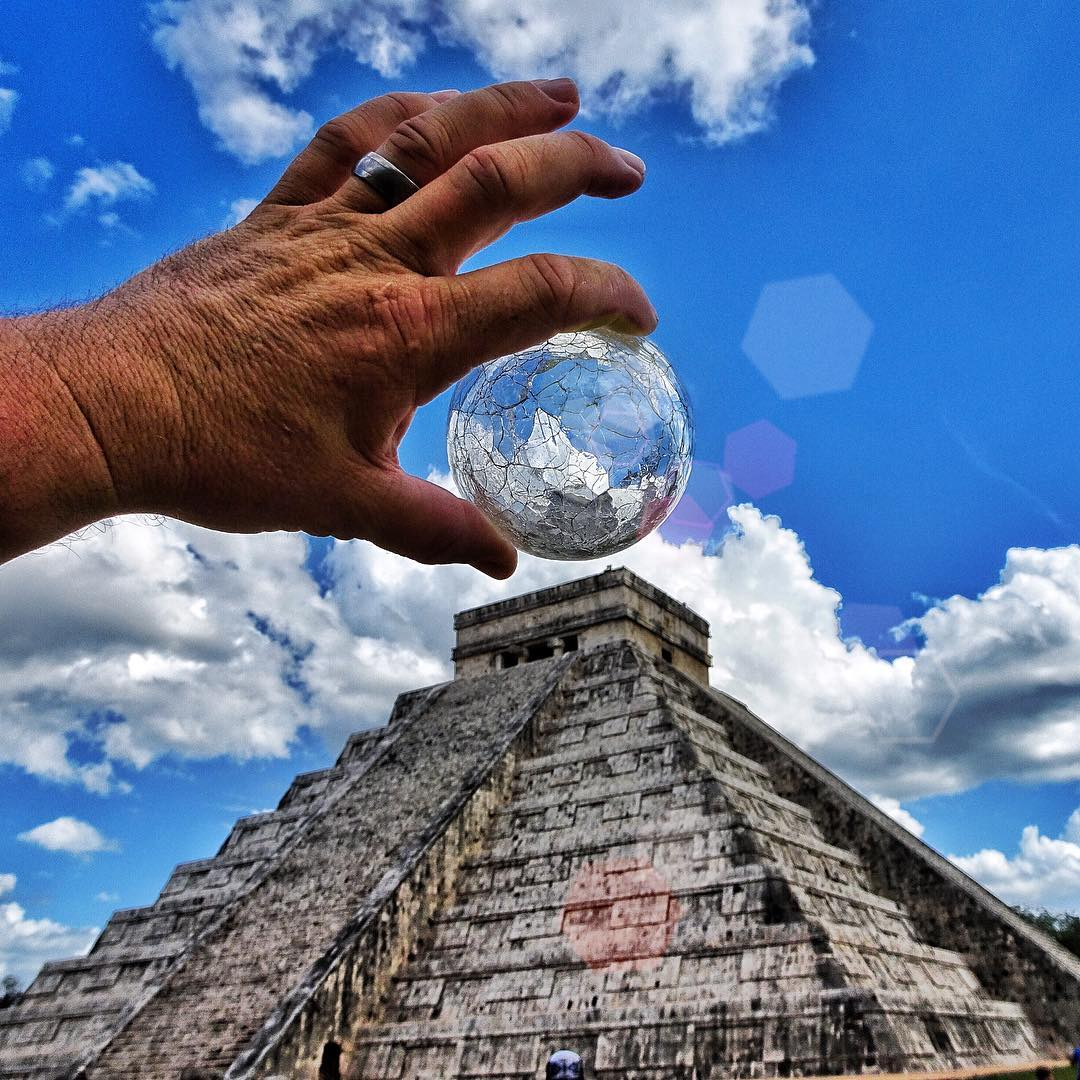 Found a Spiritus at Chichen Itza today! Crazy vibes here! #avalon7 #inspiracon #liveactivated  www.avalon7.co