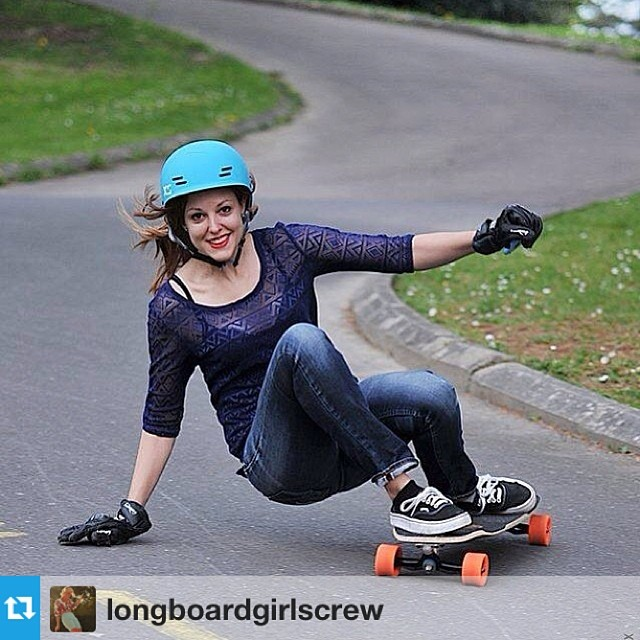 Beautiful shot! #Repost from @longboardgirlscrew of @spokywoky #France #xshelmets