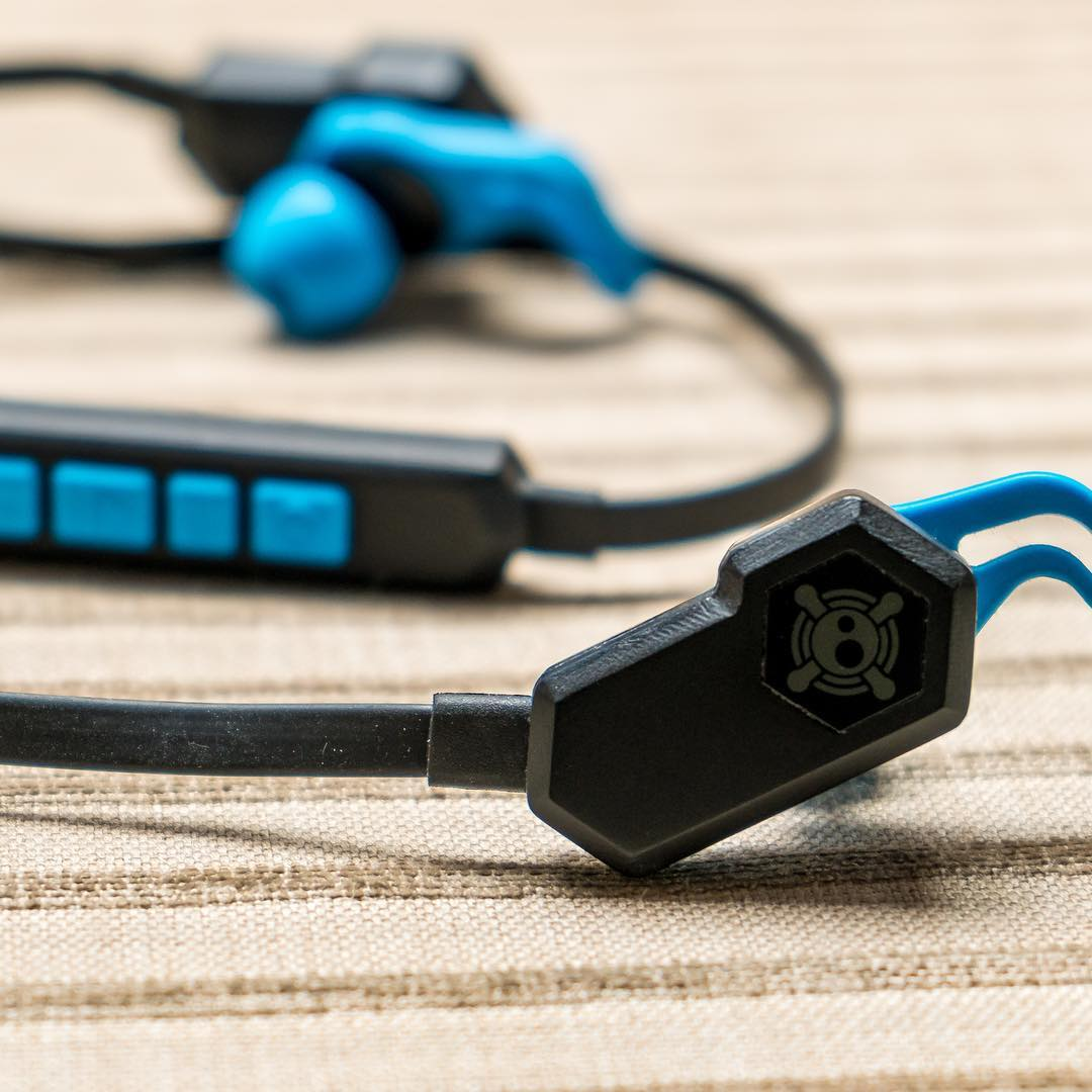 Oh what's up new headphones with hybrid audio. We're so stoked to finally get these out!! Http://kck.st/28KRGgj