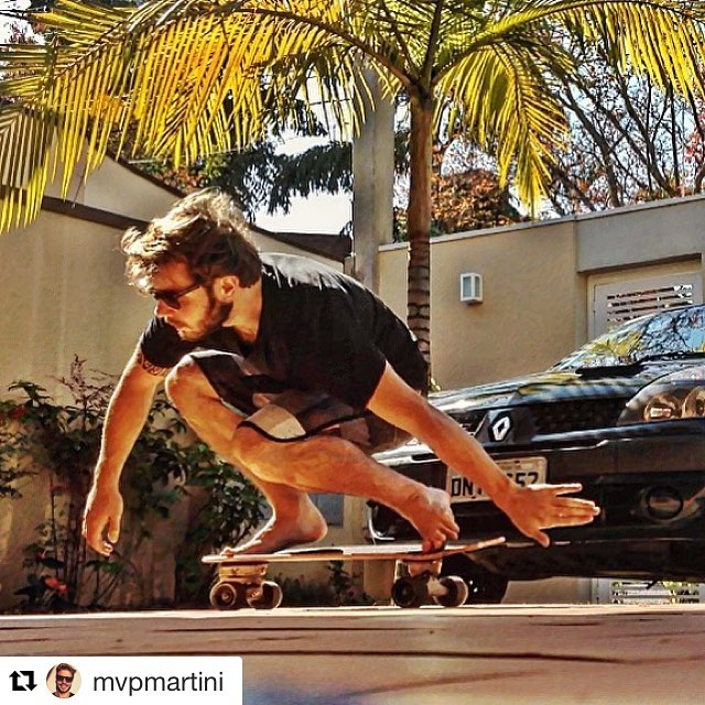 #Repost @mvpmartini (via @repostapp) ・・・ Domingo é dia de: #carver !! Riding in the garage