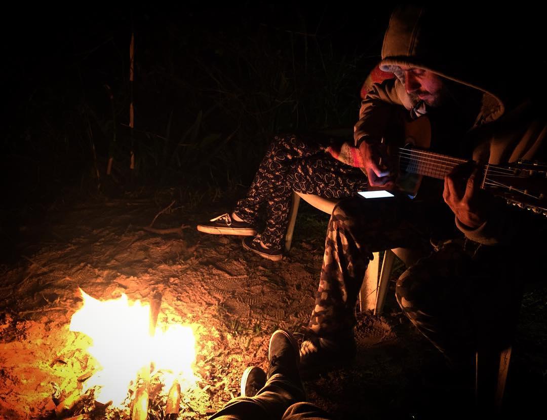 Noche oscura, mente en blanco.  #chilling
