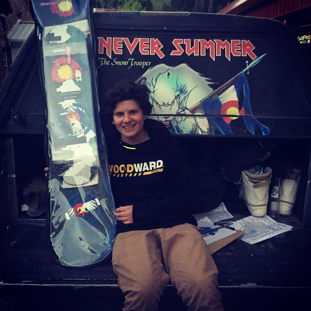 Super stoked camper Matt Sloin just won a #neversummersnowboardscoloradoskateboardscollab package at the scavenger hunt tonight at #woodwardcopper