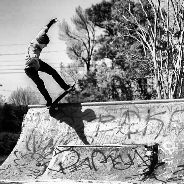 Regram shot by @shootbt of @gordonzobean check em out. #bspivotfakie #charlotte #northcarolina #skateboarding