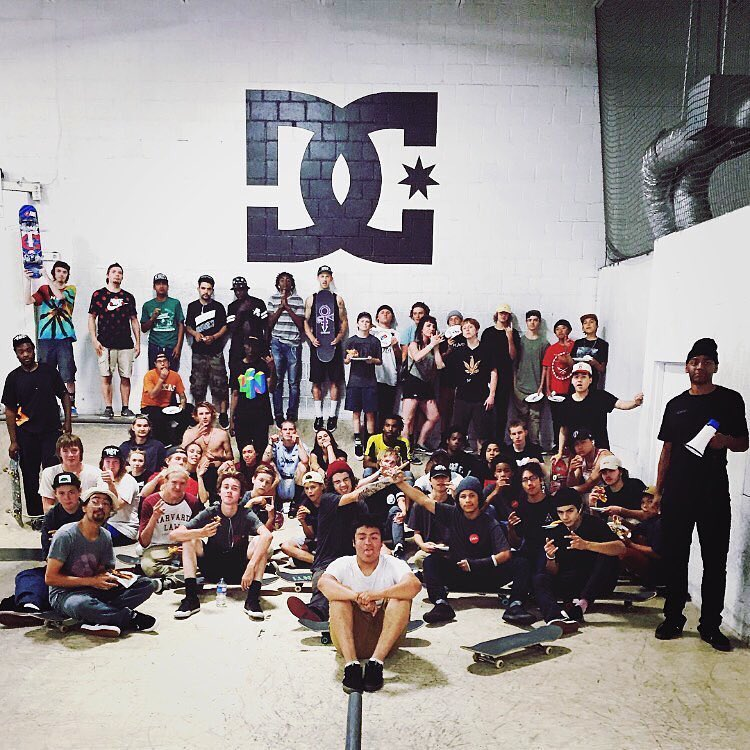 @familiask8shop family was in the house today at the @familiahq for the #DCGlobalSkateJam in Minneapolis! #DCShoes