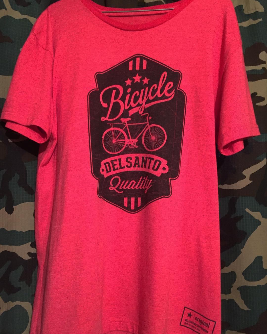 Este diseño nos pone locos @delsanto_  @delsantobmx @delsantofamily  #bmx #brand #santo #crazy #bike
