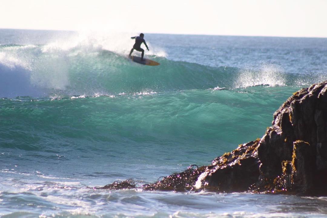 • el secreto • @tomycastro #elmandarinasurf #getjuicy #surf