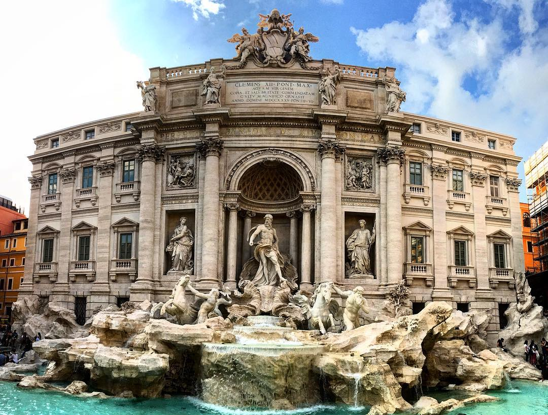 Never thought a fountain could take my breath away. I guess I was underwater too long collecting coins. #trevi #roma