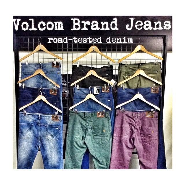 Nuestra selección Volcom Brand Jeans #vbj esta disponible en todos los locales! Busca el que más te guste! #roadteasted #strech #denim #VolcomAltoPalermo #VolcomDot #VolcomPalermoSoho #VolcomUnicenter #W14
