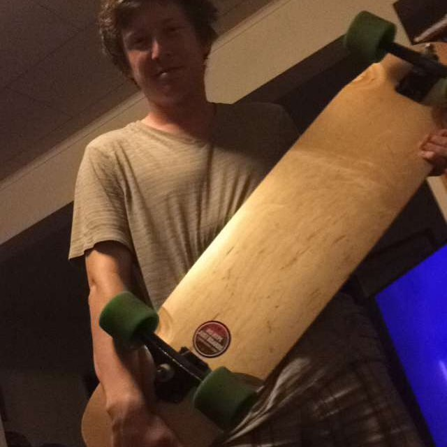 #fanluv #snapchat #longboarding #picoftheday #skate #skatelife #happy #customer #concretewave #skateboarding