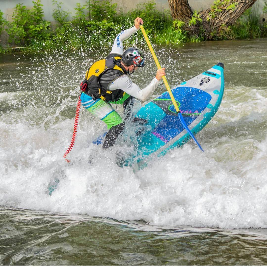 Truckee River running!! Rider: @suppaul_pics  Board: Hala Atcha  #halagear #adventuredesigned #paddlewithfriends #isup #inflatable #standuppaddle #paddleboarding #suplifestyle #adventurers #sup #supthemag #repostmysup #stand_up_paddle #paddle...