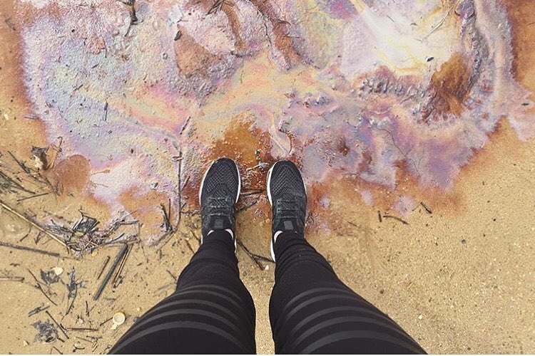 hands up to @verapapisova for showing us that pollution can actually be cool... sometimes... even if only aesthetically.