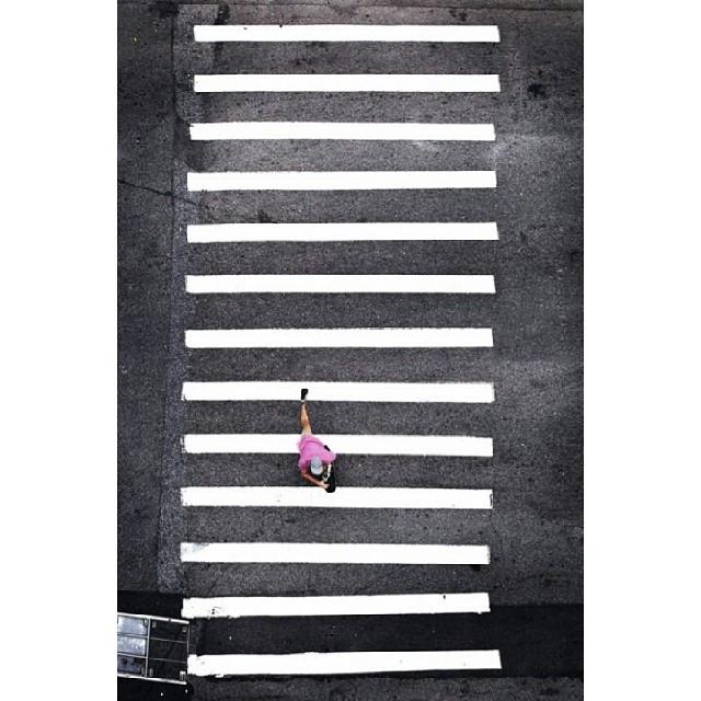 Seguimos con el #concurso #LIVINGOFFTHEWALL x twitter @vansargentina.  Contanos que es vivir la #culturavans de una manera off the wall en una foto de Instagram o un video de Vine/Instagram. Y participa x unas zapatillas.