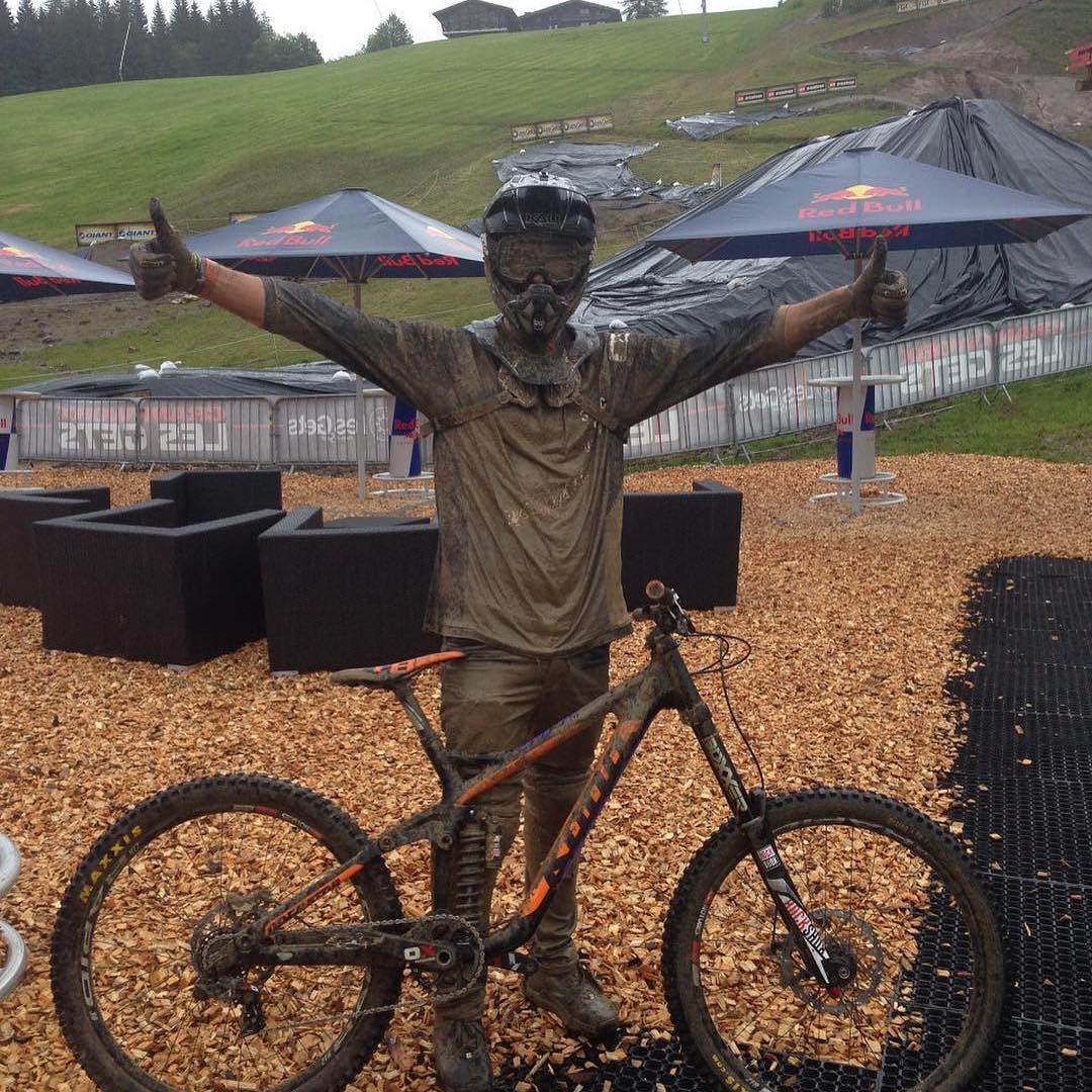 @antoinebizet getting down and dirty at @crankworx #lesgets