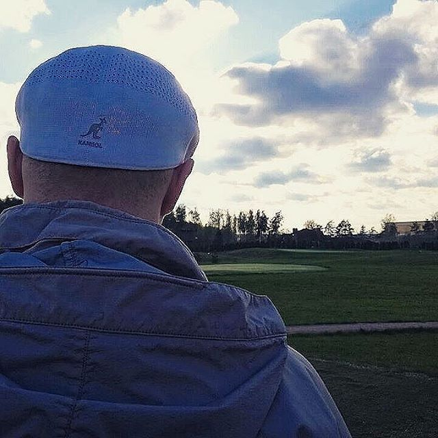 Searching For That Perfect Shot #kangol  via @milkwhiteboy