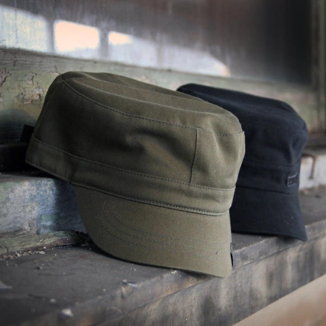 Flash Sale! 15% off classic #kangol Army Caps with the code: mayarmy at our online store. Link in the bio ☝️
