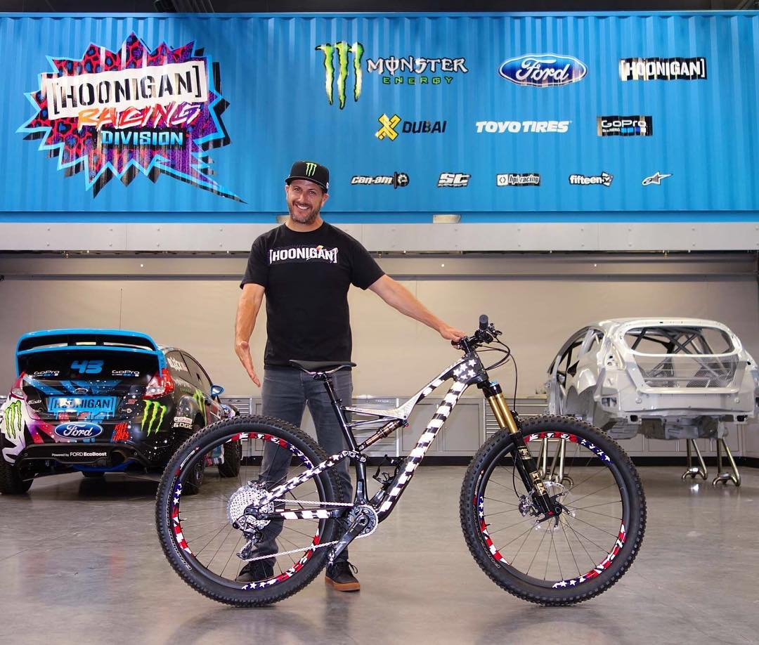 Specialized just surprised me with a fun new toy for the summer: a custom painted S-Works Stumpjumper FSR 6Fattie for riding my local trails here in Park City, Utah! Their very talented paint peoples managed to pull off an over-the-top Gymkhana EIGHT...