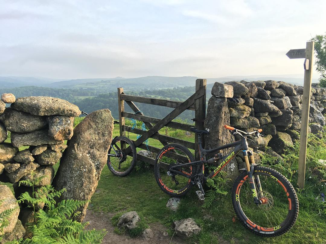 Riding last night in the amazing south west England summer time #summertime #dartmoor #mtblife #countryside #ridewithaview #santacruz #nuttcracker #strava #chasingthatkom #mtb #trail