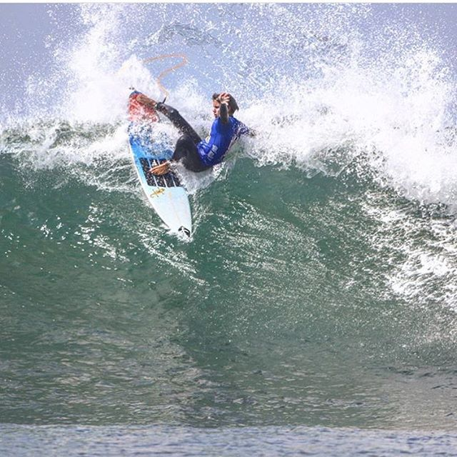 @chasemodelski laying the hammer down during the #USASurfingChamps at Lowers today.