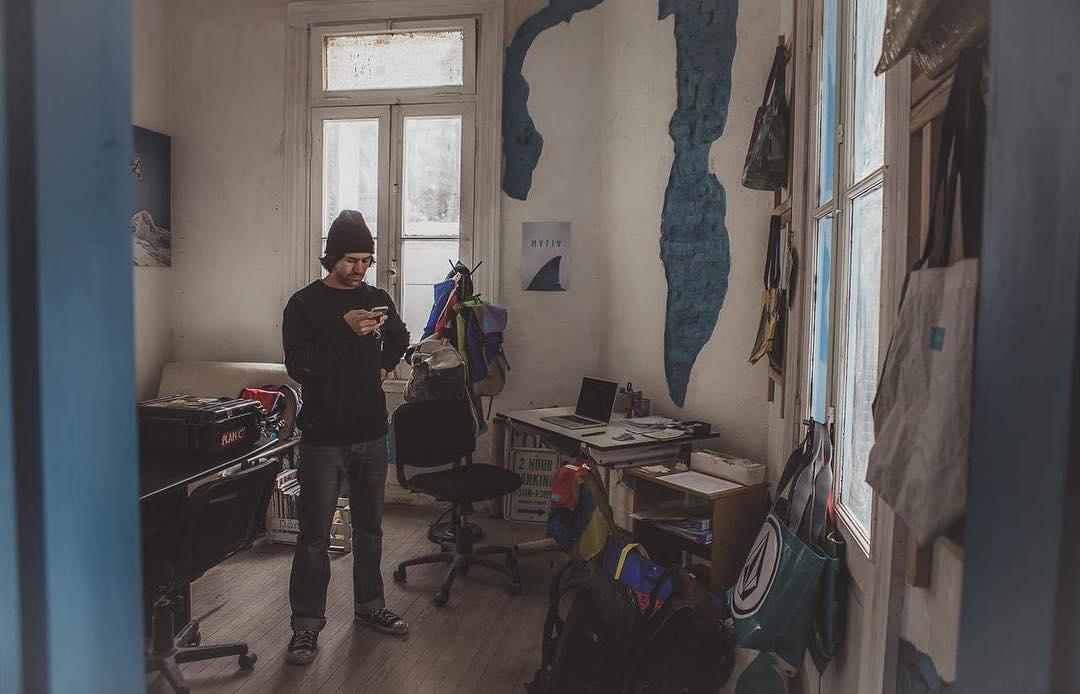 Mafia Argentina just opened a new studio in #BuenosAires. This means that many more sails will become alive again *// Amigos de Argentina, Mafia acaba de abrir su nuevo estudio en Buenos Aires. Ahora con mas espacio para transformar velas.