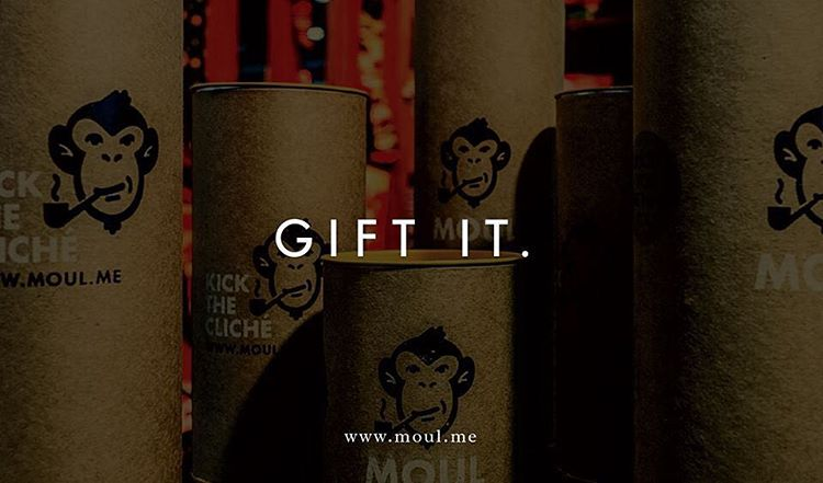 Never thought about it? Gift it to yourself, and maybe, gift it to someone else!  SPREAD MOUL <<< #kickthecliche #touch #feel #socks #fathersday http://shop.moul.me