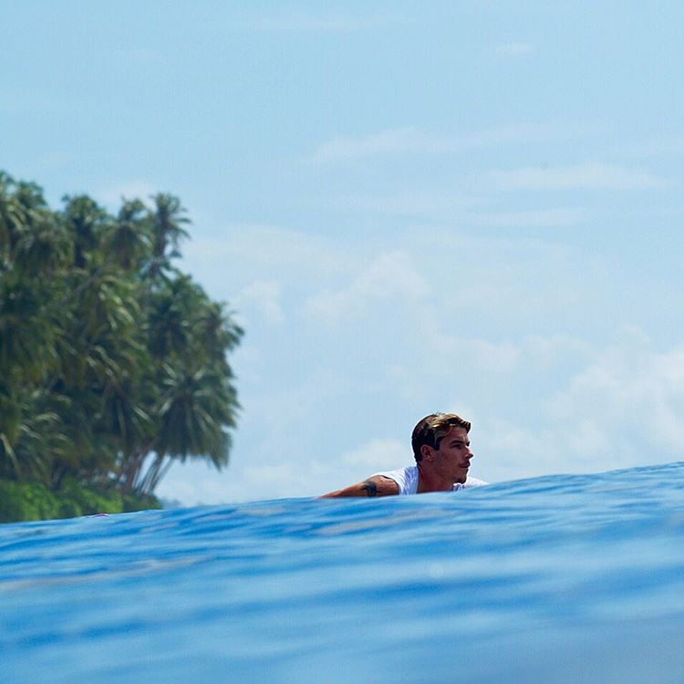 Paddle out. @jackfreestone knows what time it is. #WasteNoTime