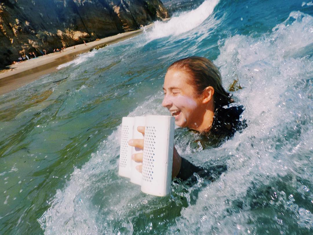 Who needs a #handplane when you've got a #NYNEaqua? #LifeSoundsGood #soundwaves #waves #surfsup #summer #bluetoothspeaker #nyneaudio #beach #fun #bodysurfing