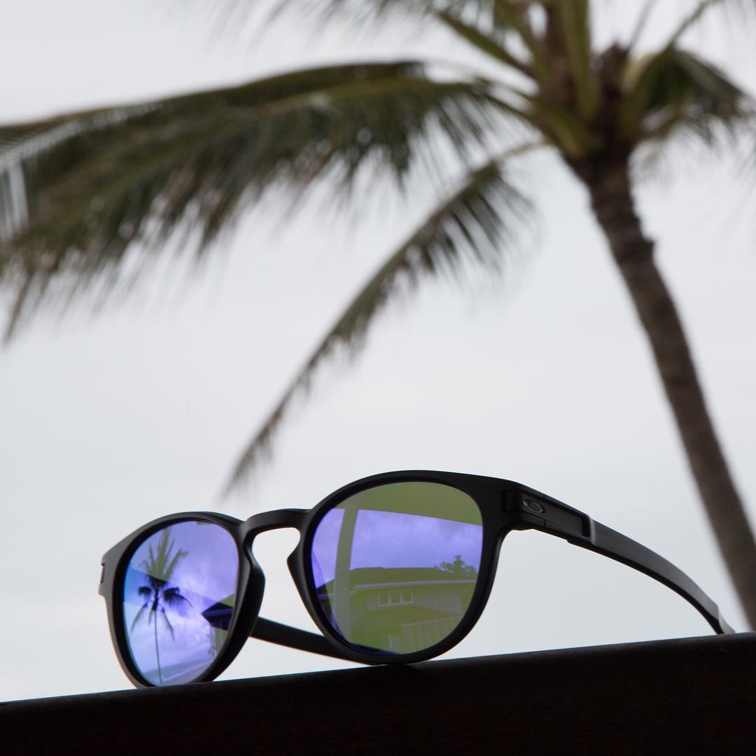 Summertime blues (and purples). #OakleyLatch