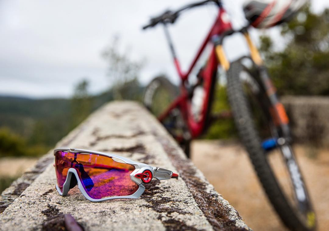 Blend in. Stand out. Your choice. #OakleyCustom  This particular #OakleyJawbreaker was designed by MTB extraordinaire, @gregminnaar.